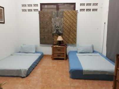 Aula showing 2 beds